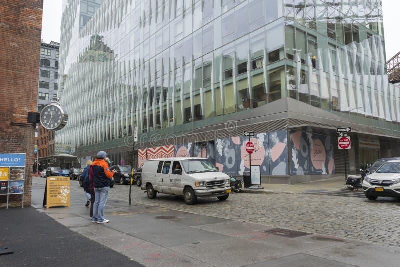 DUMBO邻里街道视图在布鲁克林在纽约,美国 库存照片