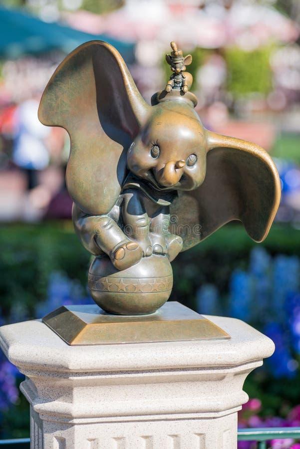 Dumbo på Disneyland arkivbild