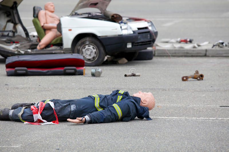 Car Accident Dead Body Stock Images - Download 256 Royalty