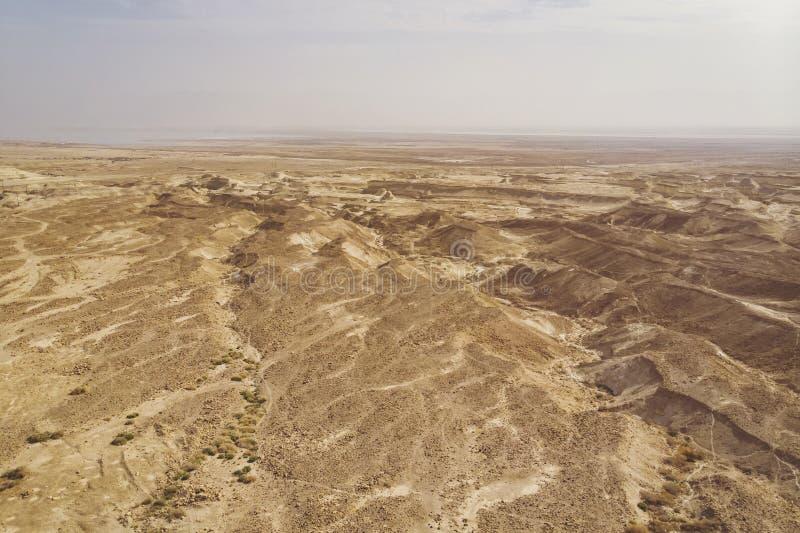 Dunas de areia contra o céu Paisagem bonita do deserto Close-up do deserto deserto udean situado na margem oeste o rio Jordão fotos de stock