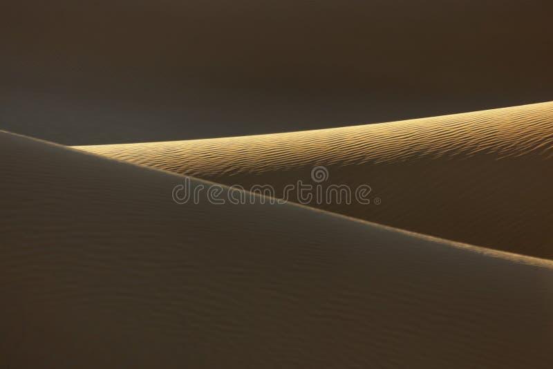 Dunas de arena en el desierto del Sáhara de Marruecos. imagen de archivo libre de regalías