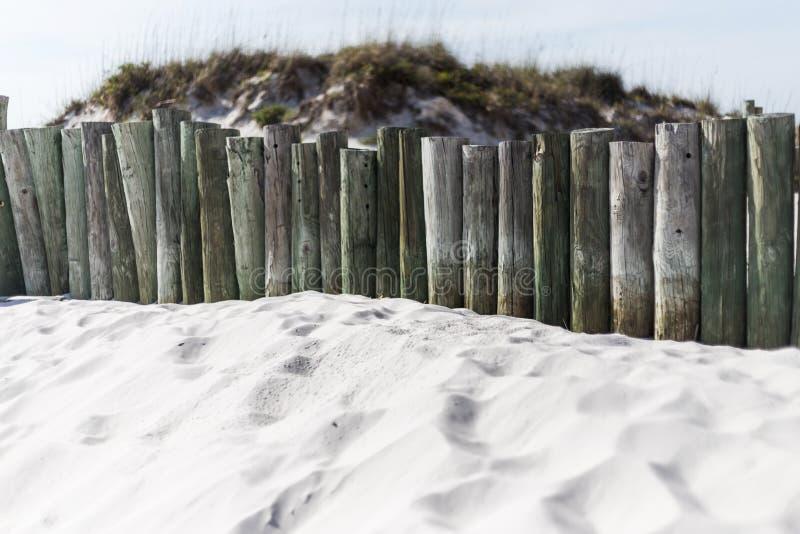 Dunas de arena en la playa fotografía de archivo libre de regalías