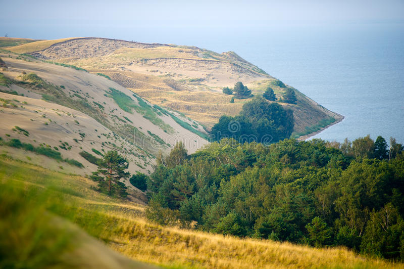 Dunas, escupitajo y laguna de Curonian, Nagliai, Nida, Klaipeda, Lituania de Curonian fotos de archivo libres de regalías
