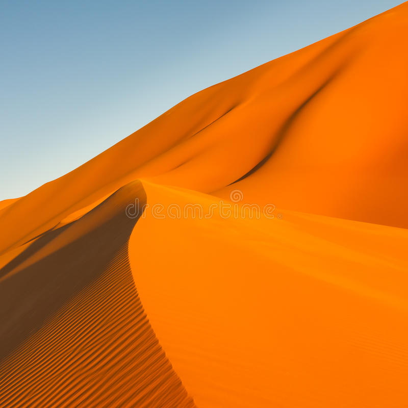 Dune di sabbia, deserto del mare della sabbia di Awbari, Sahara, Libia immagini stock libere da diritti