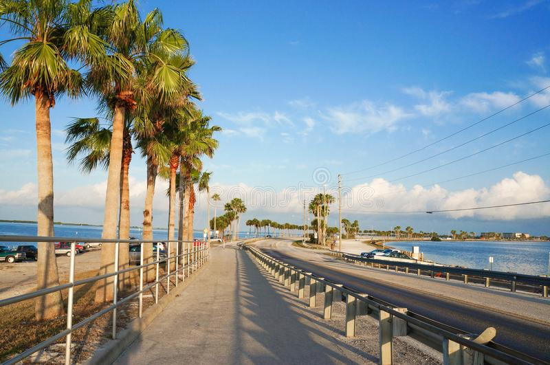 Dunedinverhoogde weg, Florida, de V.S. royalty-vrije stock afbeeldingen
