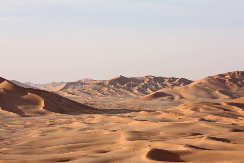 Dunes de sable à Sunset#9 : Bande de frottement Al Khali - la maison de Sandman images stock