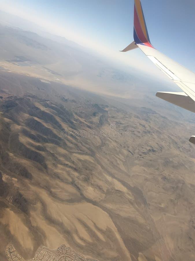 Dunes de sable de désert capturées d'en haut images stock
