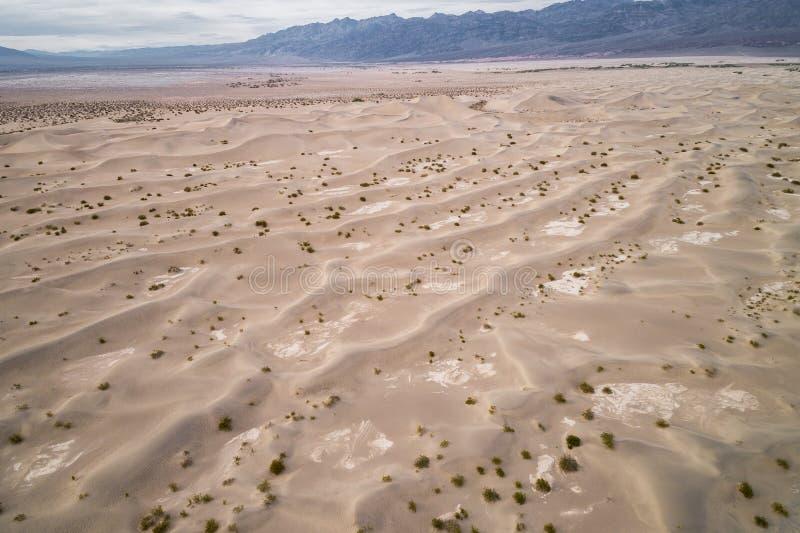 Dunes de sable plates de mesquite dans Death Valley photographie stock