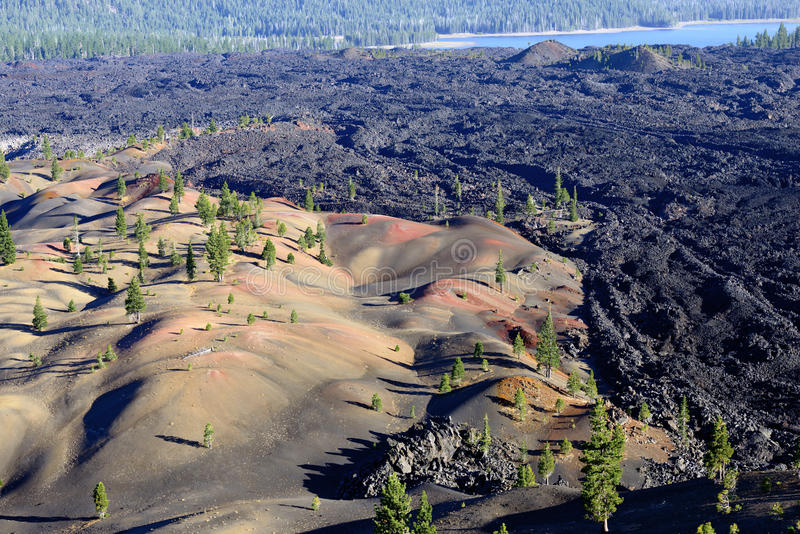 Dunes peintes en parc national volcanique de Lassen