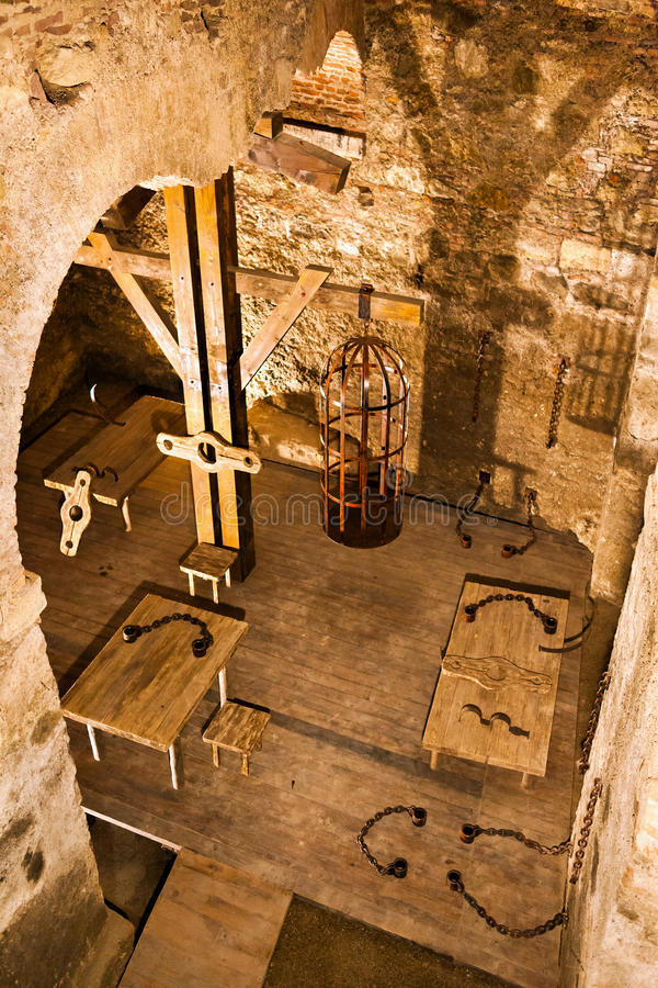 Download Dungeon stock photo. Image of chains, empty, dirty, bricks - 26019542