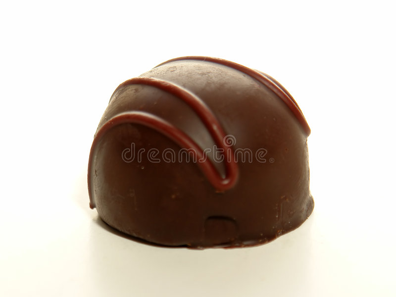 Dunkle Schokoladen-Trüffel stockfotos