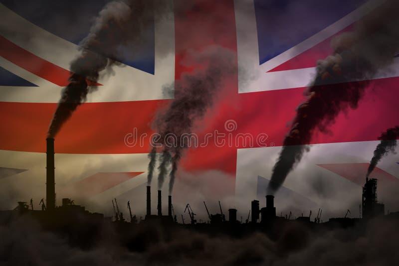 Dunkle Verschmutzung, Kampf gegen Klimawandelkonzept - schwerer Rauch der Fabrikrohre auf Flaggenhintergrund Vereinigten Königrei lizenzfreie abbildung