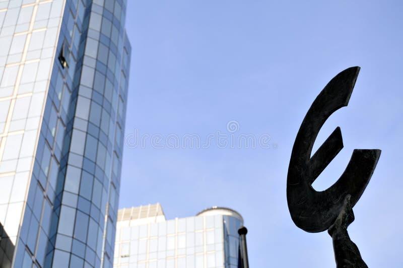Dunkler Euro lizenzfreies stockfoto