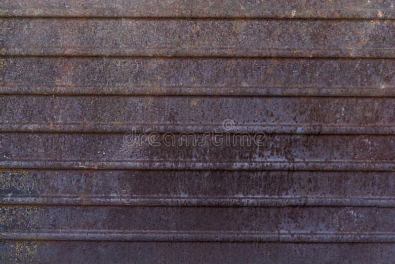 Dunkler getragener rostiger Metallbeschaffenheitshintergrund lizenzfreies stockfoto