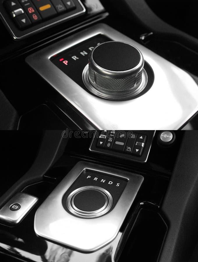 Dunkler Luxusk?nig Interior - Lenkrad, Schalthebel justage Karbon europa Modernes Autoautomatikgetriebe innen lizenzfreies stockfoto