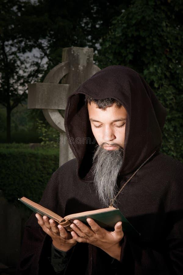 Dunkles Gebet stockbild
