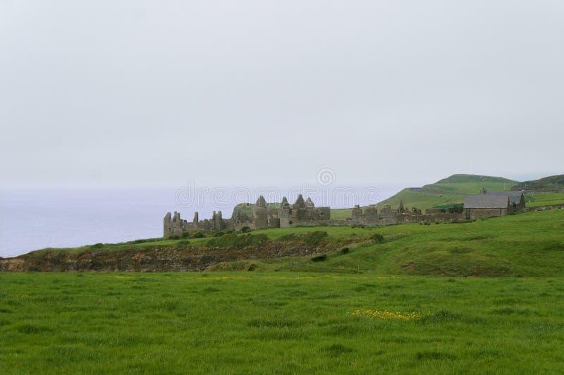 Dunluce城堡在北爱尔兰 库存图片