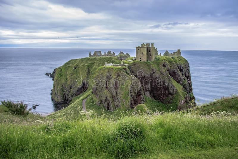 dunnottar καταστροφές κάστρων Stonehaven, Aberdeenshire, Σκωτία στοκ φωτογραφίες με δικαίωμα ελεύθερης χρήσης