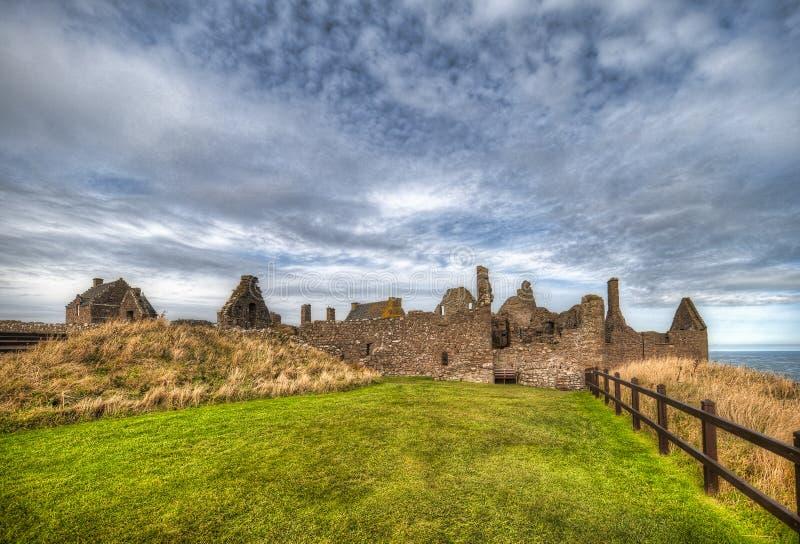 Dunnottar Castle i Skottland Nära Aberdeen - Förenade kungariket royaltyfri foto