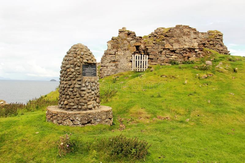 Duntulm castle, Isle of Skye, Scotland. Duntulm Castle stands ruined on the north coast of Trotternish, on the Isle of Skye, Scotland, near the hamlet of Duntulm stock photos