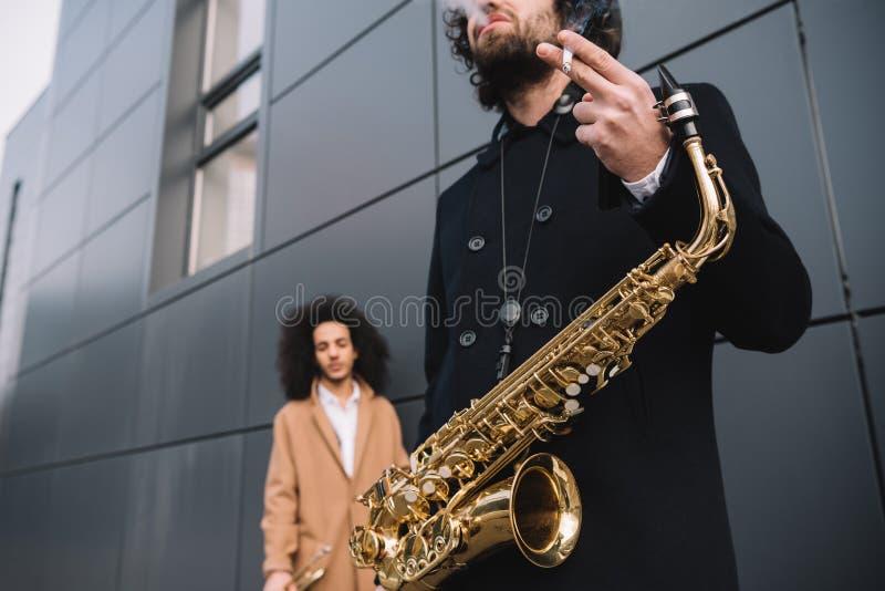 Duo von Straßenmusikern lizenzfreie stockfotografie