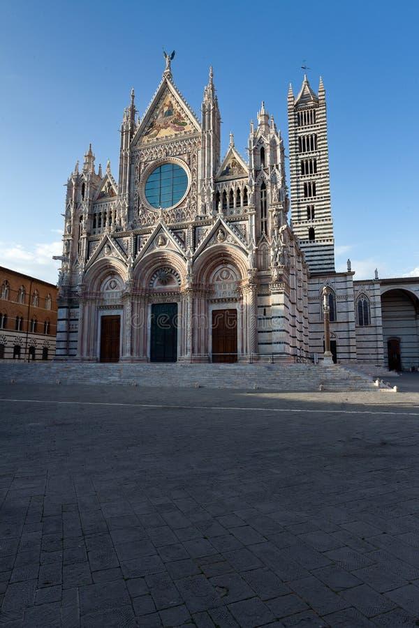 Duomo Campanile Basilica Di Santa Maria Del Fiore Florence ...