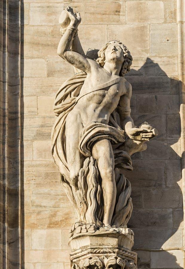 Duomo de Milano, estatuas foto de archivo