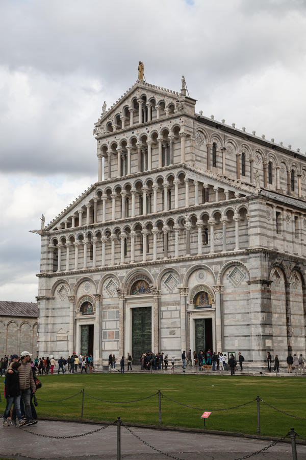 Download Duomo di Pisa editorial photo. Image of holiday, architecture - 83715821