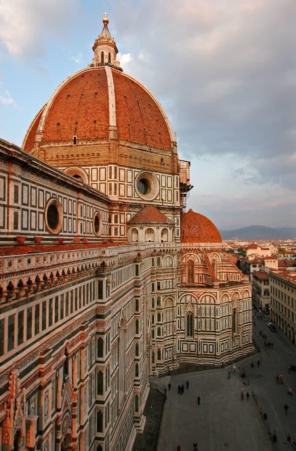 Duomo e quadrato di Firenze immagini stock