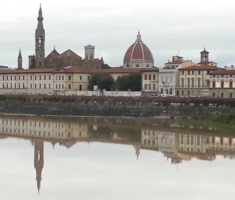 Duomo en Santa Croce Church in Florence, Italië royalty-vrije stock fotografie