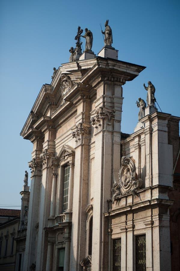 Duomo in Mantua, Italien stockfotos