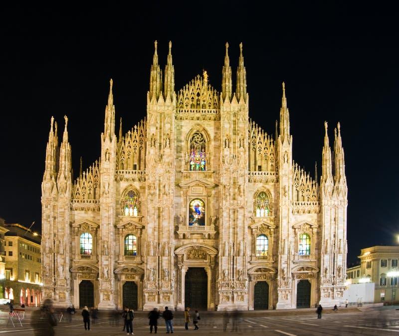 Duomo Milaan bij nacht royalty-vrije stock afbeelding