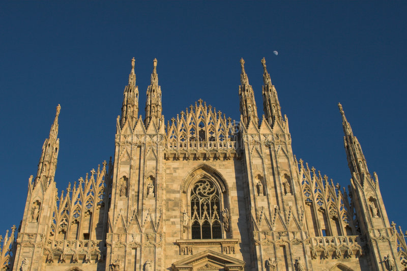 Duomo Milano imagenes de archivo