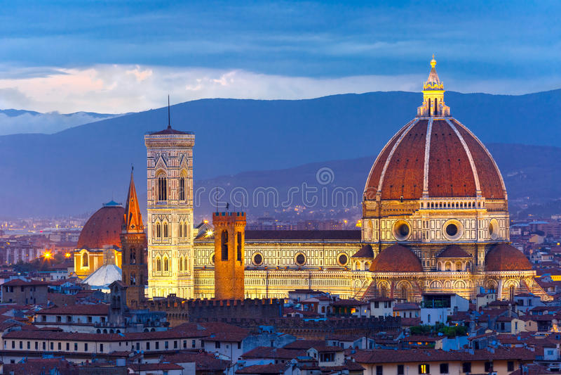 Duomo Santa Maria Del Fiore i Florence, Italien fotografering för bildbyråer