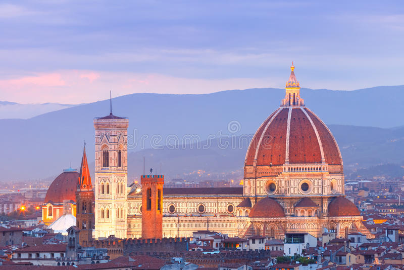 Duomo Santa Maria Del Fiore i Florence, Italien royaltyfria bilder