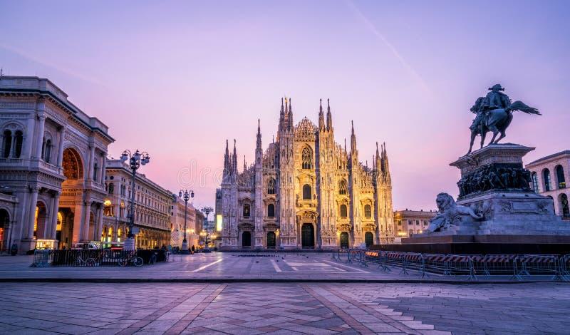 Duomodi Milaan (Milan Cathedral) in Milaan, Italië stock afbeeldingen