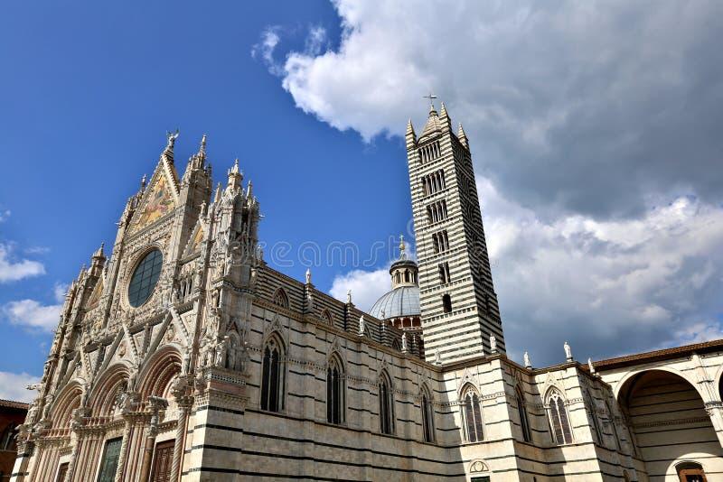Duomodi Siena, Italien lizenzfreie stockbilder
