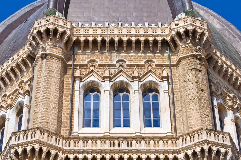 Duomodomkyrka av Cerignola. Puglia. Italien. royaltyfria bilder