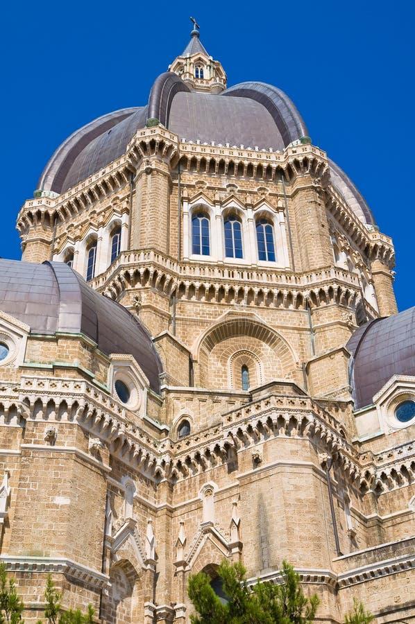 Duomodomkyrka av Cerignola. Puglia. Italien. royaltyfria foton