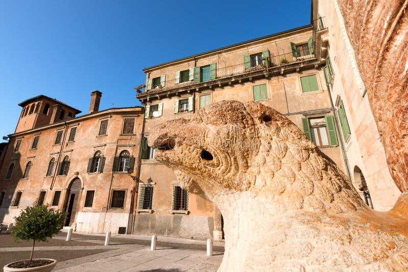 Duomovierkant - Verona Italy royalty-vrije stock fotografie