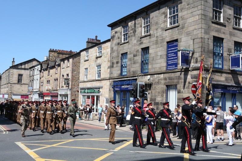 Duque del regimiento Lancaster que marcha del ` s de Lancaster fotografía de archivo