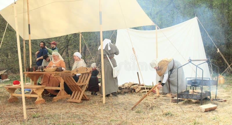 Durée dans le camp historique image stock
