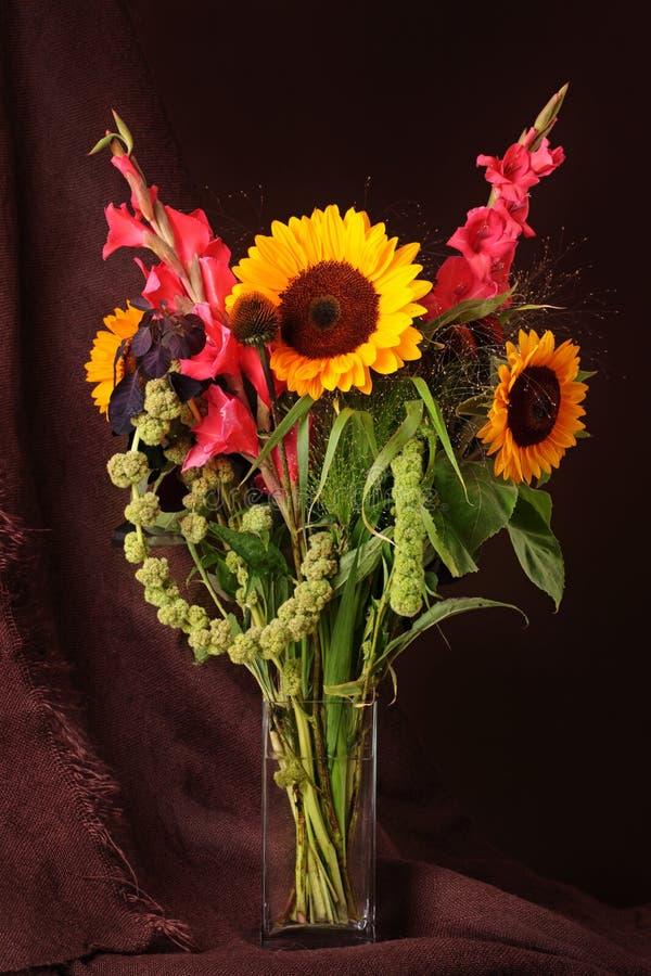 Durée toujours avec des fleurs images libres de droits