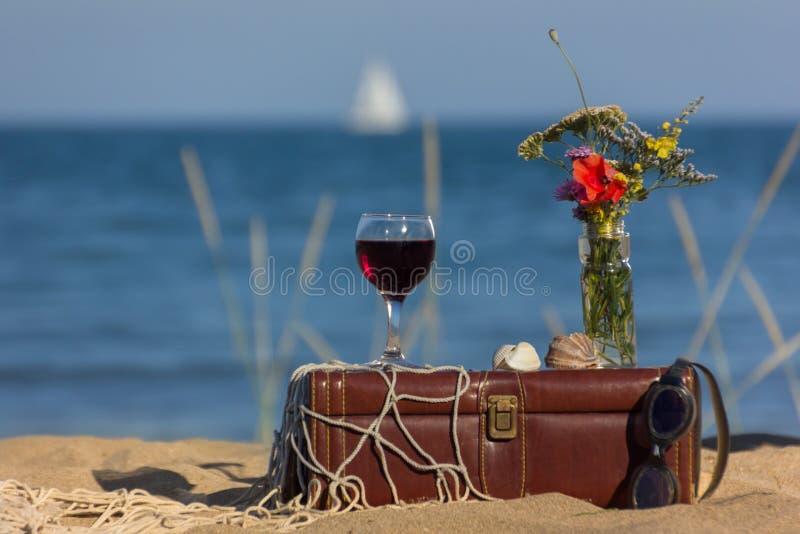 Durée toujours avec du vin photo stock