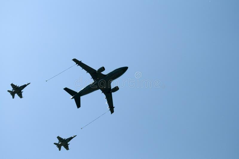Durante il volo rifornendosi fotografia stock