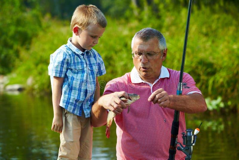 Durante la pesca fotos de archivo libres de regalías