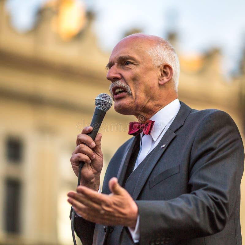 Durante a reunião do candidato presidencial do Polônia - Janusz Korwin-Mikke fotos de stock royalty free
