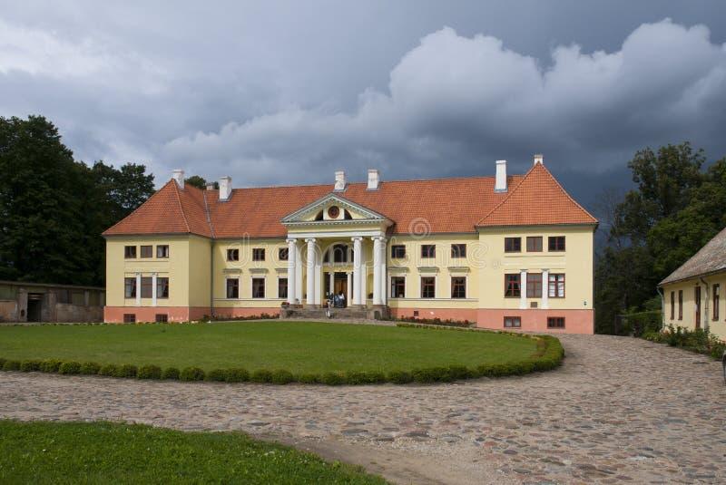 Durbe pałac blisko Tukums w Latvia zdjęcia stock