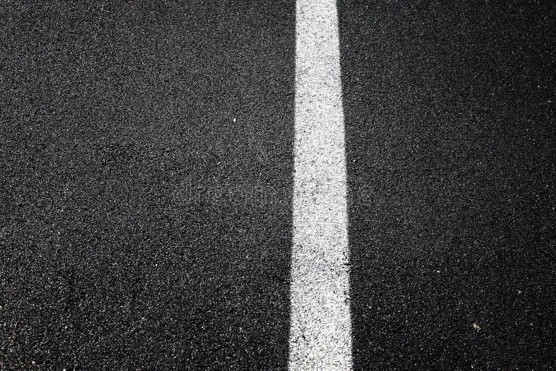 Durchgezogene Linie