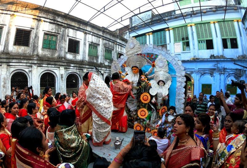 Durga Puja de celebración hindú imagenes de archivo